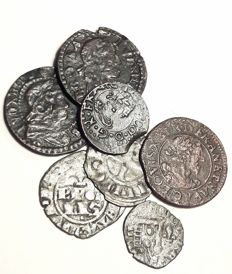 France – lot of 7 feudal coins, French and Spanish royals.