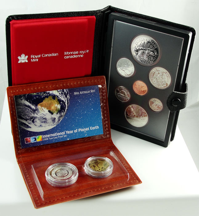 Australia en Canada - Coin set 2008 'Year of Planet Earth' + Coin set 1980 'Arctic Territories-Polar Bear' (2 sets)