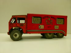 "Mettoy, England - Length 25 cm - Tin ""Royal Mail"" mail wagon with clockwork motor, 1950s"