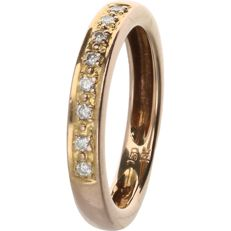 18 kt - Rose gold ring set with 8 round brilliant cut diamonds of 0.08 ct in total. - Ring size: 16.75 mm