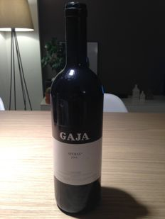 Amarone Bertani 2001  Gaja sperss 2004