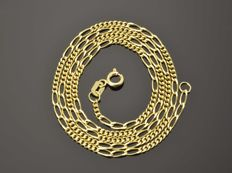 18k Gold Necklace. Chain - 45 cm. Weight 4.24 g. No reserve price.
