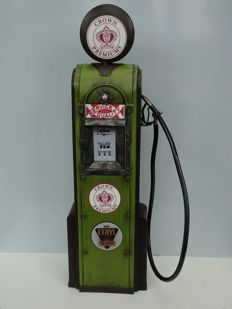 Metal reproduction of a vintage gas pump