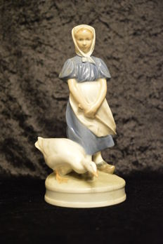 Large Royal Copenhagen Figurine - Maid with Goose - Signed