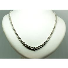 Choker 18 kt white gold with diamonds.
