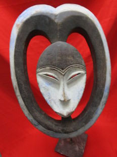 Mask - KWELE - Gabon - 2nd half of the 20th century