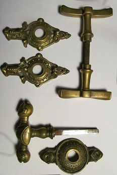 Six items door mounts with a unique piece of two knights, second half of 19th century