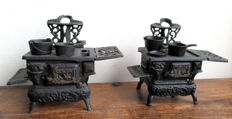 Lot of two Crescent cast iron miniature stoves + 6 pans