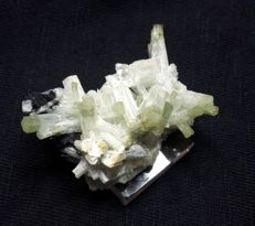 Exclusive Aquamarine cluster  4.5 x 3.5 x 3 cm  - 20 gm
