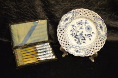 Meissen - Blue Onion Pattern Reticulated Plate and Porcelain Knives by Rheingold