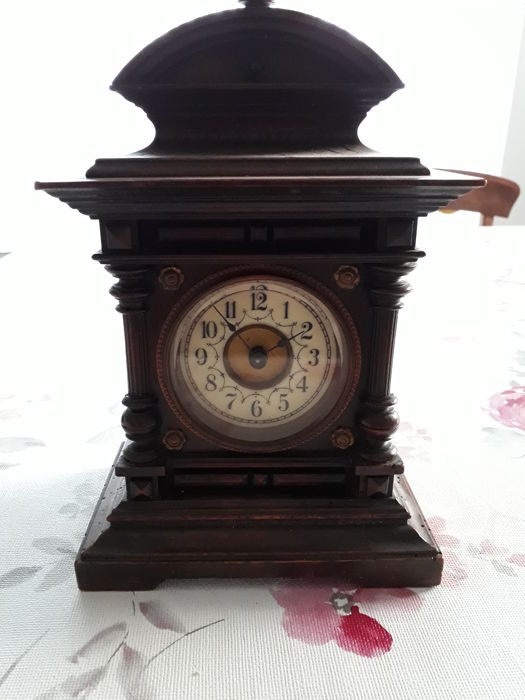 German table clock from around 1920 Junghans