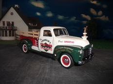 Franklin Mint B11ZG84 - Scale 1/24 - 1950 GMC Pick Up Truck, Franklin Sporting Goods, Limited Christmas Edition 2000