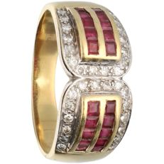 18 kt - Yellow gold ring set with ruby and 32 brilliant cut diamonds of approx. 0.16 ct in total - Ring size: 18.25 mm