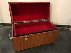 A very large jewellery watch box with three compartments - 38 cm wide, end of the 20th century