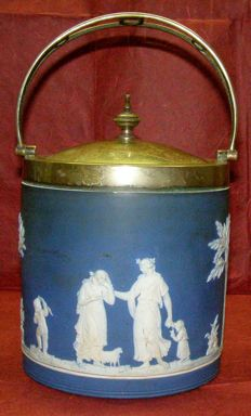 Wedgwood - Biscuit barrel - Jasper 'Scene Elleniche' (Greek Scenes)