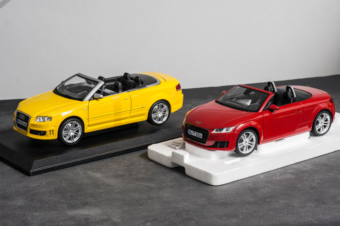 Minichamps / Maisto - Scale 1:18 - Lot of 2 models: Audi TT Roadster & Audi RS4 Convertible