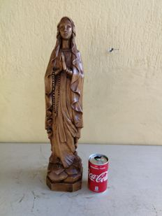Antique Virgin with rosary carved in pinewood, Italy, 1900s