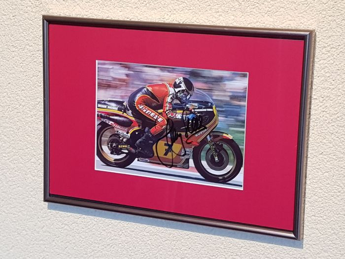 Barry Sheen (RIP) - World Champion Motor Racing - hand signed framed photo + COA.