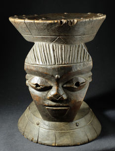 Chief stool - PENDE - Democratic Republic of the Congo