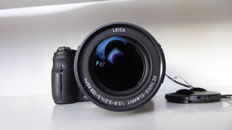 Panasonic FZ100 with Leica 25-600 mm lens, VERY COMPLETE