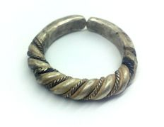 Early medieval scandinavian Viking silver twisted wirework ring - 20 mm 10.36 gr