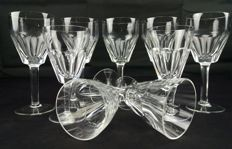 Saint Louis, Antique set of 9 pieces in cut and chiselled crystal