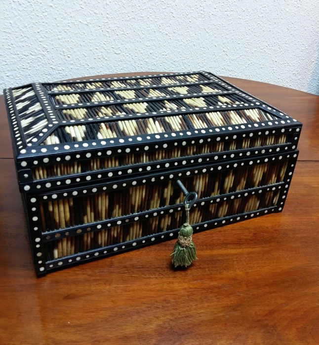 A Ceylonese black ebony, coromandel, porcupine quill and bone inlaid box, Colonial India, Sri Lanka, last quarter 19th century