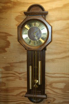 Oak wall clock Franz Hermle with double gong, circa 1960-1970