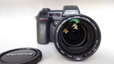 Olympus Camedia E10 with a large aperture 2.0-2.4 lens