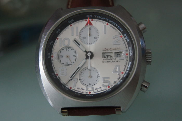 Longines Vintage Automatic Big Size Chronograph - Men's wristwatch - day / date - 1970s
