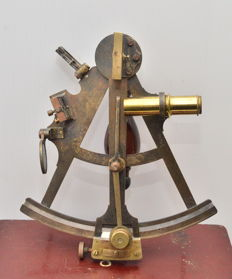 Octant of British make ca. 1850 in wooden box.