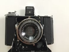 Bellows camera Zeiss Ikonta 210/16 around 1940