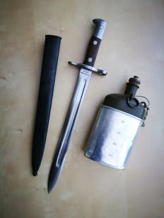 Swiss bayonet Maschinenfabrik Bern M1889 for Schmidt Rubin (first model) in very good condition + canteen