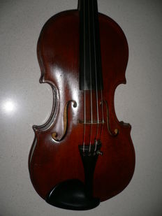 Nice intact 4/4 French violin with deep sound