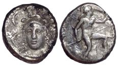 Greek Antiquity - Sicily, Syracuse, Dionysos I c. 405-367 BC - AR Drachm (Silver, 15/14mm, 4.02gm.) - Head of Athena / Naked Leukaspis - SNG ANS 310; Jameson 810 - Rare