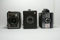 Three fine box cameras: a Warwick No 2, a Kodak Six-20 Brownie E and a Fototecnica: Filmor, various production dates