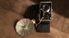 Mamiya C3 vintage photo camera in suitcase with accessoiries