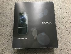 Nokia 8800 Arte Black - very sought models