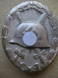 Third Reich Germany, Wehrmacht Wounded Badge in Silver 2nd Form 1940-45