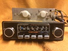 Original working Blaupunkt Koln classic car radio with original faceplate and original blaupunkt buttons. NO RESERVE!