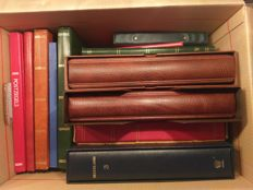 The Netherlands 1860/2002 - Batch in eleven albums and seven stock books