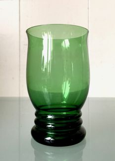 A.D. Copier - Green water cup with hologram