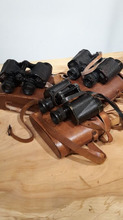 Lot of 3 pairs of binoculars