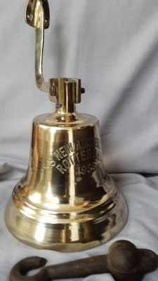 Large antique brass ship bell s.s.  Nieuw Amsterdam - 1938