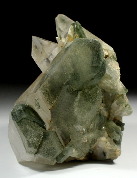 Beautiful Chlorite Quartz Specimen from Skardu Pakistan -12.5 x 11 x 15.5 cm --1492 g