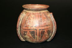 Ceramic pre-Columbian ceramic container with raafined geometric decorations  -  125 mm
