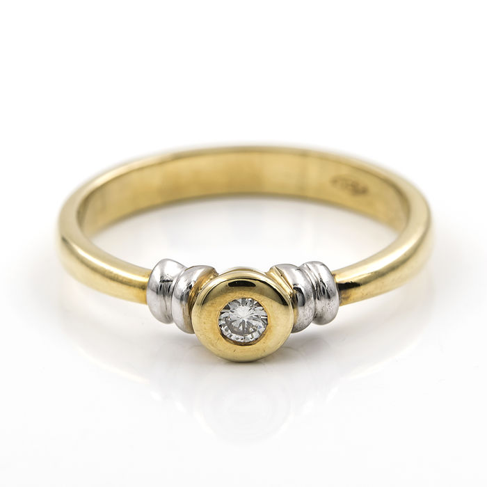 18 kt (.750) Yellow Gold - Solitaire Ring - Central Brilliant-cut Diamond of 0.10 ct - Ring size: 15 (Spain)