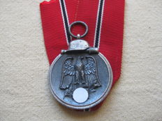 3rd Reich Germany Wehrmacht medal winter battle in the east 1941/42 with manufacturer 65- with maker 65 - 2.