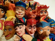 Collection of 40 old to modern puppet dolls / Walt Disney / puppets / Puppetshow - Various Countries