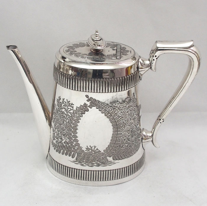 Antique Silver Plated Teapot With Etched Leaf Pattern Walker u0026 Hall England & Antique Silver Plated Teapot With Etched Leaf Pattern Walker u0026 Hall ...